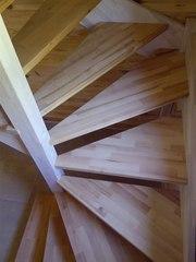 Деревянные лестницы с забежными ступенями.3D- проект. Гарантия качества.