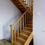 Лестницы межэтажные деревянные любой сложности.Соответствие СНиП