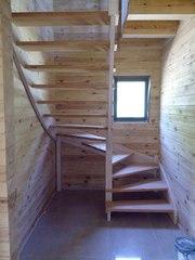Лестница из массива дерева от 1540 руб в дом (на дачу). Гарантия качества. Звоните
